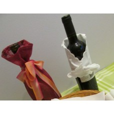 Scalloped Pique Wine Wrap